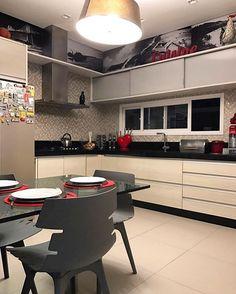 Minha amiga Ionara do @decoredecor arrasoooou no projeto da cozinha dela!! QueLindo!!QueLindo!!QueLindooo!!! ☺️❤️