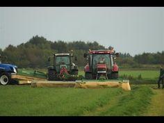 De maaiers bij Krone graslanddemo in Oldeboorn (Aldeboarn) Friesland Tre...
