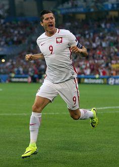 Hasta aquí pintaba bien la cosa para Lewandowski y sus equiperos polacos en la Euro 2016.