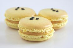 I LOVE PASSION FRUIT! And putting passion fruit in macarons is simply delicious. To me it's really heaven in a bite :-)