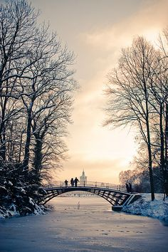 Schloss Charlottenburg, Berlin, Germany (by Ole Begemann) - so immensely pretty! #winter #snow #serenity