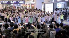 Flash Mob Chorus at Ban Qiao Rail Station