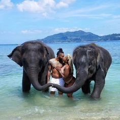 10 Well-Traveled Couples Share The Best Destinations For Lovers They have love, and will travel. Read where these cute couples suggest lovers go for their next baecation. Vacations In The Us, Romantic Vacations, Romantic Getaway, Black Love Couples, Cute Couples, Romantic Couples, Romantic Weddings, Vacation Pictures, Travel Pictures