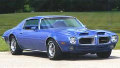 Front right blue 1970 Pontiac Firebird Car Picture Firebird Car, Pontiac Firebird Trans Am, Firebird Formula, 70s Muscle Cars, American Muscle Cars, American Sports, Car Photos, Car Pictures, Pontiac Cars