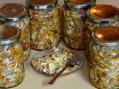 Čalamáda Slovak Recipes, Homemade Pickles, Canning Recipes, Kimchi, Herbalism, Smoothie, Food And Drink, Yummy Food, Favorite Recipes