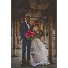 Thank you so much to the amazing group of vendors that made my vision a reality. It was a joy working with all of you on this stylized shoot. Much love. @sarahlydiaevents @flowervibestx @meganmartistry @joyfulinkcalligraphy @lavishlinenshtx @monchousweets @bravotux @mizzisnelson @hunteraa_ @portraitsofblessings @nolabelbrew @aztecusa #portraitsofblessings #houstonweddingphotographer #texasweddingphotographer #houstonweddingvendors #houstonweddingvendor #stylizedshoot #peonies…