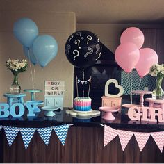 ▷ 1001 + gender reveal ideas for the most important party in your life Finding out your baby's gender is a big deal for lots of families. That is why we want to help you throw the best party with the best gender reveal ideas. Gender Reveal Party Games, Gender Reveal Themes, Gender Reveal Balloons, Gender Reveal Party Decorations, Baby Reveal Ideas, Gender Party Ideas, Gender Reveal Twins, Gender Reveal Photos, Ideas Party