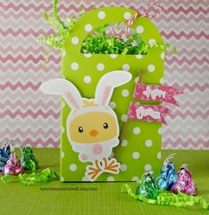 Wrap up your Easter gift for family and friends in this cute green polka-dot bag.