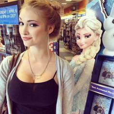 【実写版アナと雪の女王】エルサに激似すぎる女性が話題に