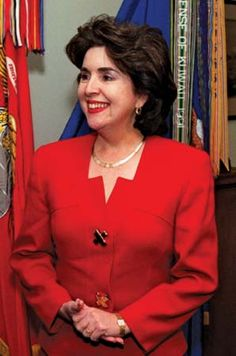 Sila Calderon (Popular Democratic Party), former mayor of San Juan, became the first woman governor of Puerto Rico. Caviar, Governor Of Puerto Rico, Puerto Rican People, Puerto Rican Cuisine, Salsa Music, Puerto Rican Culture, Puerto Rico History, Famous Singers, Limousine