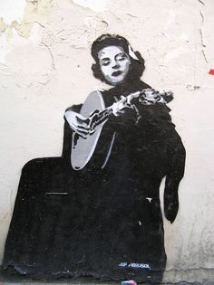 Amália Rodrigues in the streets of Lisbon