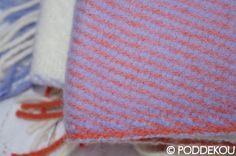 Kvalitná vlnená deka oranžovo-fialová