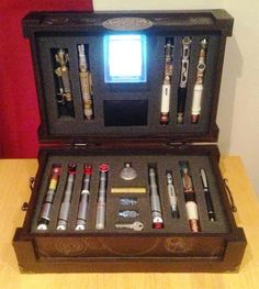 Doctor Who sonic screwdriver briefcase. Okay...This is #1 on my Fantasy Wish List now!