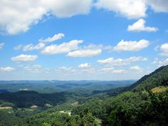 """Cumberland Plateau from Pine Mountain by Universal Pops (mostly inactive) on Flickr.""""This scene is taken on the way up Pine Mountain, just east of Whitesburg, Kentucky in Letcher County. This is a view of the Cumberland Plateau, a part of the Appalachians—the plateau is in Kentucky, West Virginia Tennessee and Alabama."""