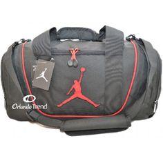 495145b3194e Nike Air Jordan Black and Red Duffel Bag 9A1498-391 at OrlandoTrend.com   Nike  AirJordan  Gimnasio  Gym  Maletin  OrlandoTrend