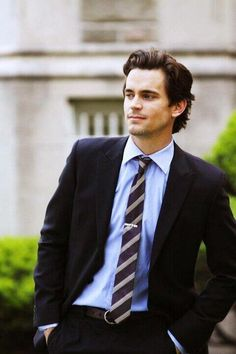 Matt Bomer looking good while on the job  :)