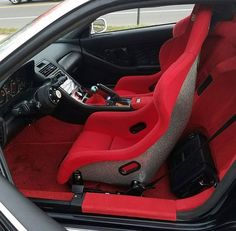 @md_interiors showing us an interior of an NSX owned by @lmarbz that's heading to Hday this weekend!! |   Event: HDAY Spring 2017  When: April 8th & 9th, 2017  Where: E-Town Raceway Park  230 Pension Rd.  Englishtown, NJ 07726    #hday #honda #acura #hday2017 #hdayspring2017 #hdayprep #ogs1320  #dragracing #carshow #gohday #hondansx #nsx #acura #acuransx
