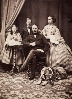 King Christian IX of Denmark with three of his children. From left to right: Princess Dagmar (later Empress of Russia), Prince Vilhelm (later King of Greece), Christian IX King of Denmark and Princess Alexandra (later Queen of England) in 1861 Princess Louise, Princess Alexandra, Prince And Princess, Princess Of Wales, Princess Diana, Tsar Nicolas Ii, King George I, Alexandra Of Denmark, Christian Ix