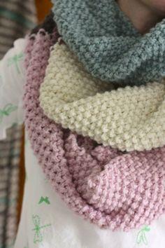 ❤︎ 'around the block cowl' - cherry heart boutique - free knitting pattern