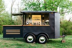 The Aero Bar - Nashville's Premier Mobile Bar Service. Elevate your event with a unique mobile bar and craft cocktails. Catering Trailer, Bar Catering, Mobile Catering, Food Cart Design, Food Truck Design, Coffee Carts, Coffee Truck, Coffee Van, Coffee Shop