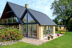 Garden Office, House Extensions, Barndominium, Glass House, Exterior Colors, House Painting, Planer, Messina, Facade