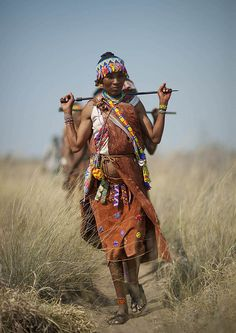 Explore the world African Tribes, African Women, African Art, We Are The World, People Around The World, Himba People, Africa People, Brave, Indigenous Tribes
