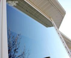 Make Your Own Streak-Free Window Cleaner!   Try on sliding doors