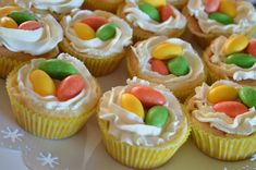 Fika, Mini Cupcakes, Happy Easter, Nom Nom, Food And Drink, Tasty, Sweet, Desserts, Pies