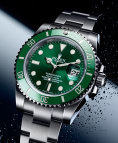 Rolex Submariner Date Hulk Stylish Watches, Luxury Watches For Men, Cool Watches, Rolex Watches, Rolex Submariner Green, Submariner Watch, Rolex Datejust, Vintage Rolex, Vintage Men