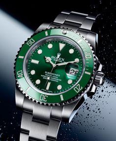 Rolex Submariner Date Hulk Rolex Submariner No Date, Rolex Submariner Verde, Submariner Watch, Rolex Datejust, Stylish Watches, Luxury Watches For Men, Cool Watches, Rolex Watches, Vintage Rolex