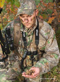 How to Deer Hunt Around Early Season Food Sources Quail Hunting, Deer Hunting Tips, Bow Hunting, Hunting Stuff, Ice Fishing, Fishing Tips, Bowfishing, Tie Knots, Archery