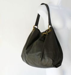 Vera Wang Soft Dark Brown Leather Slouchy Hobo Shoulder Bag XL 7bf8df15460f2