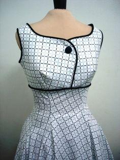 A 50s rockability cocktail dress in quality cotton. $175,00, via Etsy.
