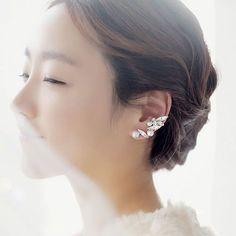 Sweet Crystal Pearl Leaves Earrings
