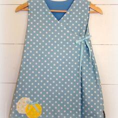 Robe portefeuille pois blanc/fond bleu