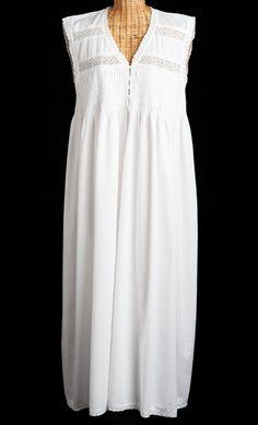 Older Gabrielle- Nightdress
