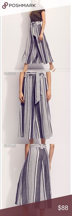 "New Free People Wide Legs Pants Easy and effortless wide leg linen pants featured in a striped pattern. This high waisted silhouette has an adjustable belt at the waist. Hidden side zip closure.  100% Linen Machine Wash Cold Import Measurements for size 6 Waist: 29"" = 73.66 cm  