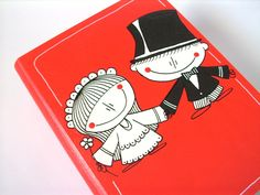 """Svatební+krabička+""""kniha""""+se+jmény+na+přání+no.420+Dřevěná,+ručně+malovaná svatební+""""kniha""""+-+poslouží+na+vzpomínky+na+svatební+den+(svateb.blahopřání,+střep+pro+štěstí,+svat.oznámení,+podvazek,+fotografie...).+Nebo+do+ní+můžete+vložit+""""nutné""""+potřeby+pro+svatební+noc,+či+finanční+hotovost...+Knihu na+přání+doplním+textem+(i+na+hřbetu+knihy)+-+křestní+..."""