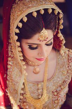15 Best Ideas For Latest Bridal Jewellery Wedding Dresses Desi Bride, Desi Wedding, Wedding Wear, Wedding Bride, Wedding Dreams, Gold Wedding, Punjabi Bride, Pakistani Bridal Wear, Pakistani Dresses