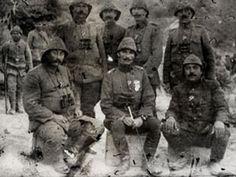 27 Alay kumandanı M. Şefik Bey ve tabur kumandanları. (Solundaki Halis Bey)
