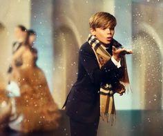 @NonSoloModa by Paulinha : #Romeo Beckham estrela campanha de Natal da Burber...