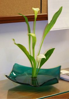 ikebana flower arrangement pictures | ikebana arrangements by Ellen Pratt