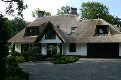 Luxe rietgedekte villa - Bouwbedrijf Vroom