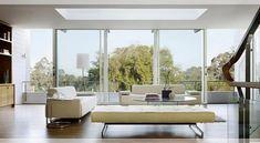 Erstaunliches Luxus Wohnzimmer für das perfekte Wohndesign | Samt Polsterei | Messing Möbel | BRABBU Inspirationen | www.brabbu.com