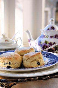 blueberry white chocolate scones
