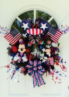 Patriotic Disney Wreath with Mickey Mouse and Goofy.  Love this.