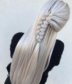 Everyone has a different hair color preference, but certainly the most sought-after color is the one and only: blonde. While going blonde might seem like the ideal hair color to choose for your nex… Cool Braid Hairstyles, African Hairstyles, Straight Hairstyles, Wedding Hairstyles, Stylish Hairstyles, Hairstyle Ideas, 1950s Hairstyles, Evening Hairstyles, Colorful Hair