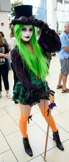 Duela Dent Sexy Batman Costume, Diy Joker Costume, Batman Costumes, Villain Costumes, Female Joker Costume, Female Joker Makeup, Halloween Kostüm Joker, Halloween Tumblr, Halloween Cosplay
