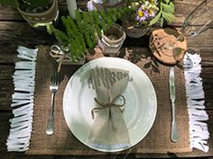 Create your own magical moments while dining out doors. DIY burlap placemats fringed with Hug Snug and linen napkins edged with delicate white lace, add elegant and rustic elements to your table. Diy Place Settings, Linen Napkins, Outdoor Dining, White Lace, Snug, Burlap, Craft Projects, Delicate, Rustic