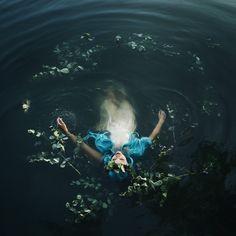 Bella Kotak –  the weight of darkness..